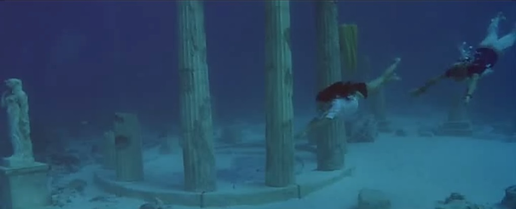 ForYourEyesOnly_Underwater2